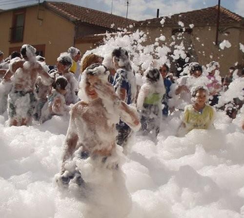 Realizamos fiestas de la espuma