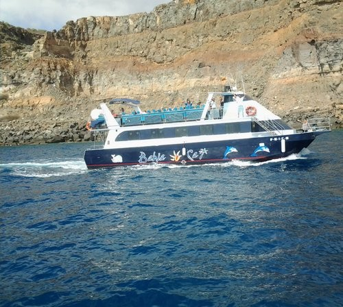 Barco para fiesta 114 plazas